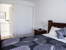 Baronga Motor Inn Colac Motel Townhouse En Suite Bedroom