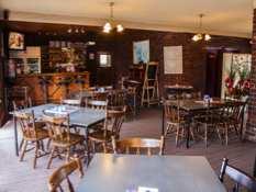 Baronga Motor Inn Colac Motel Bar & Restaurant